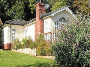 Beechfield Cottages - The Railway Cottage Accommodation in Kent